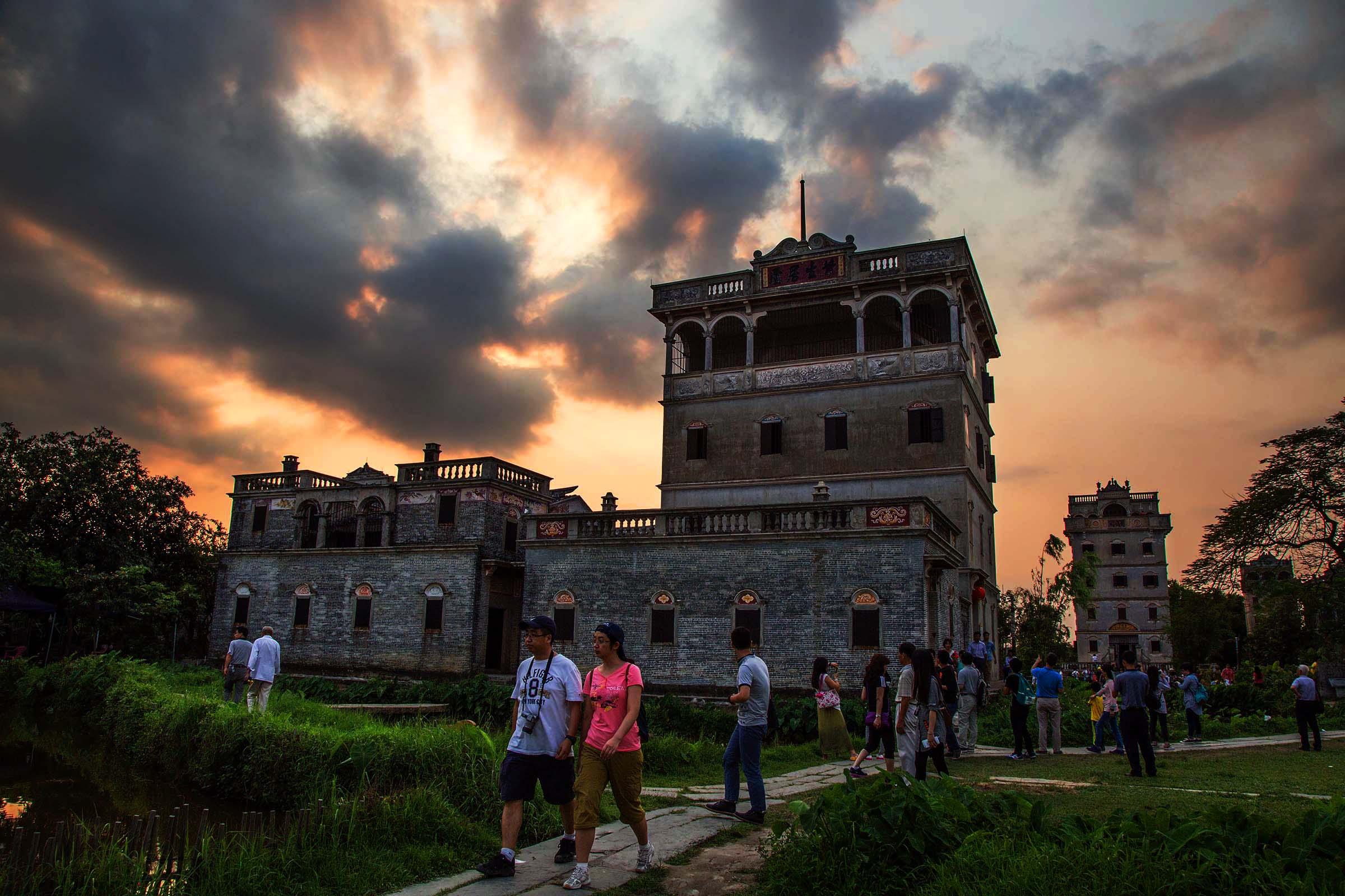 #深圳出发#金水台水世界狂欢温泉-赤坎古镇-开平碉楼群之旅